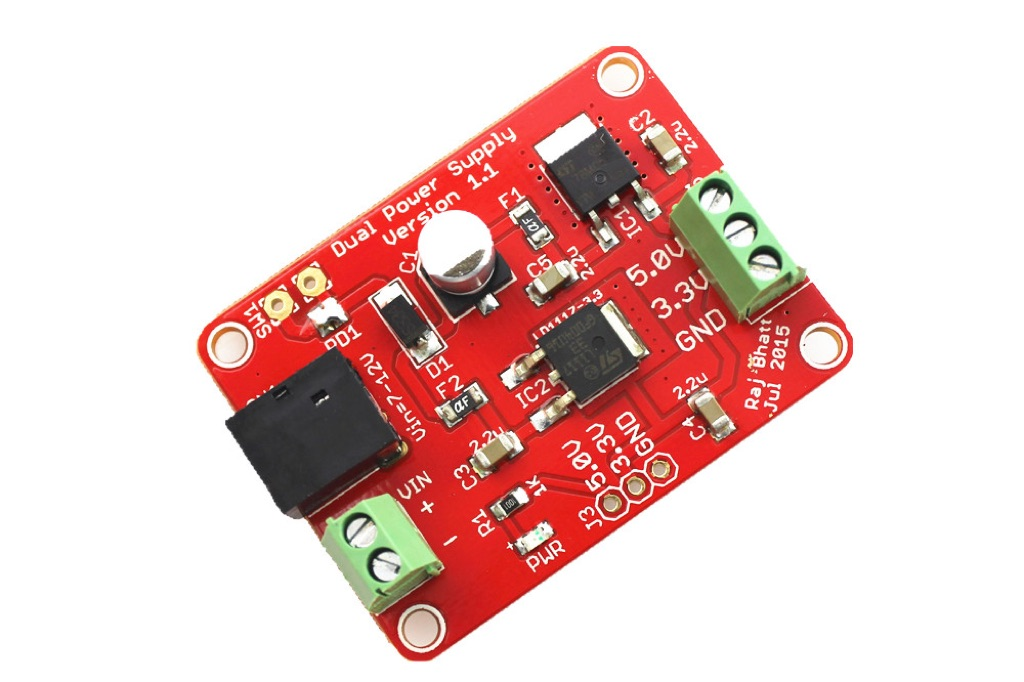 Fixed dual-voltage (5.0V and 3.3V) power supply board