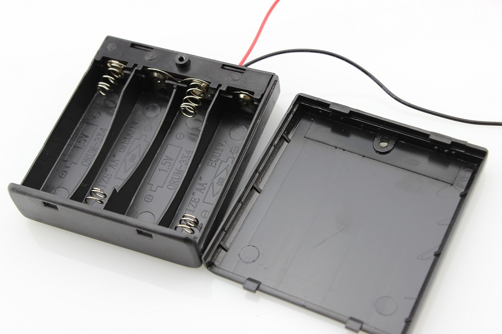Battery Holder With Switch - 4 x AA